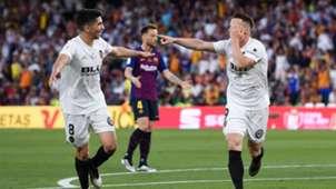 Kevin Gameiro Carlos Soler Valencia Barcelona Copa del Rey 2019