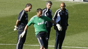 Mourinho and Dudek real madrid