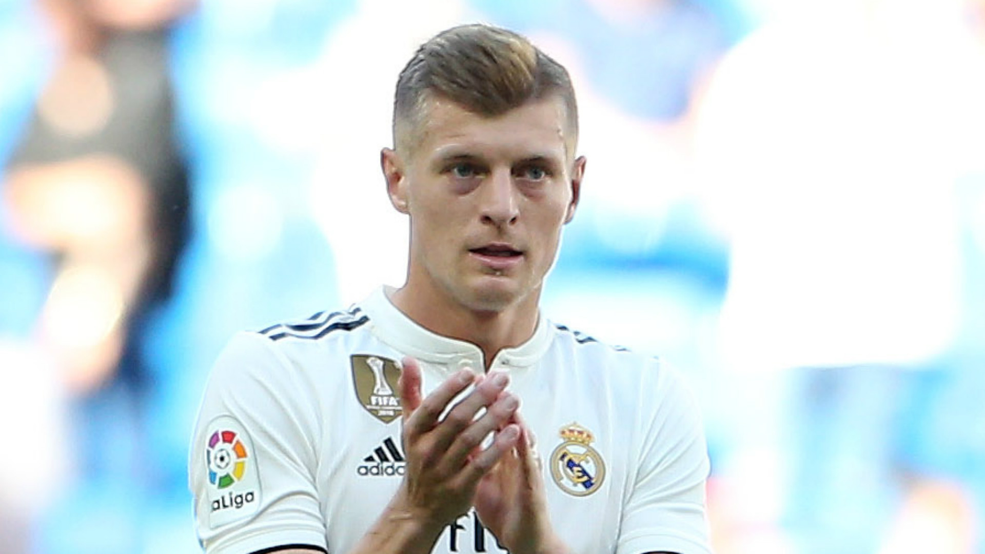 Toni Kroos: Real Madrid midfielder signs new four-year deal