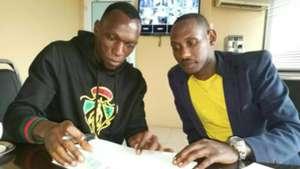 Meddie Kagere leaves Gor Mahia for Simba SC.