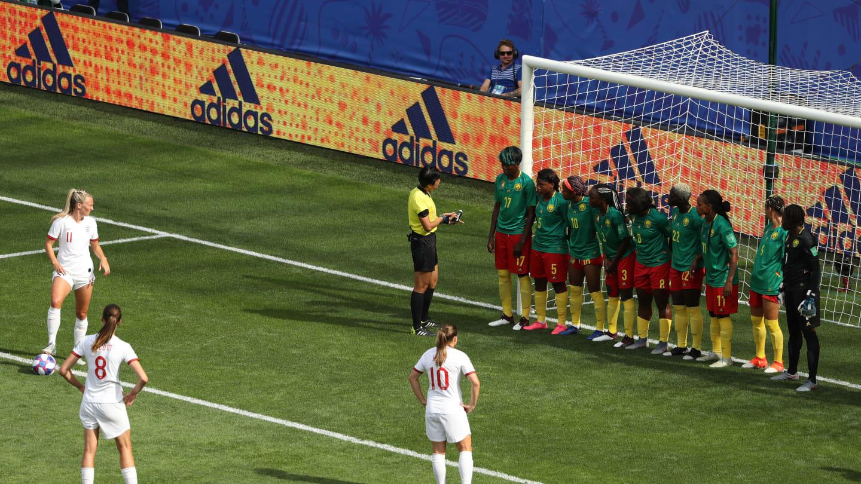Inglaterra England Camaroes Cameroon