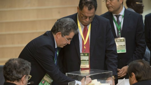 SAFA President Danny Jordaans casts his vote at Caf election