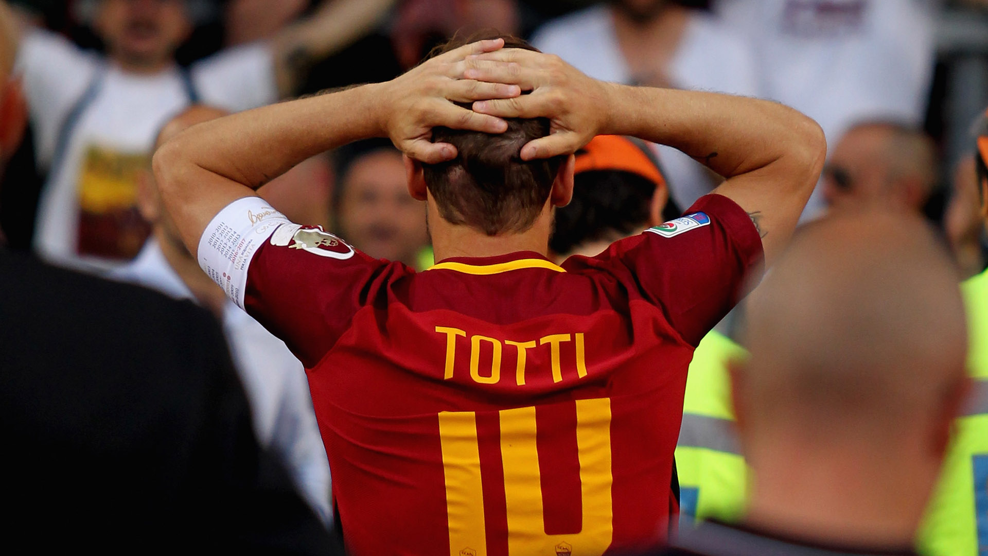 A Totti il premio del Presidente Uefa