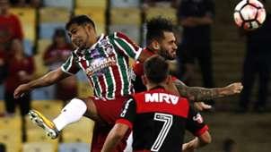 Junior Sornoza Felipe Vizeu Flamengo Fluminense Copa Sudamericana 01112017