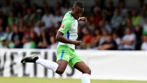 Riechedly Bazoer VfL Wolfsburg 07082017
