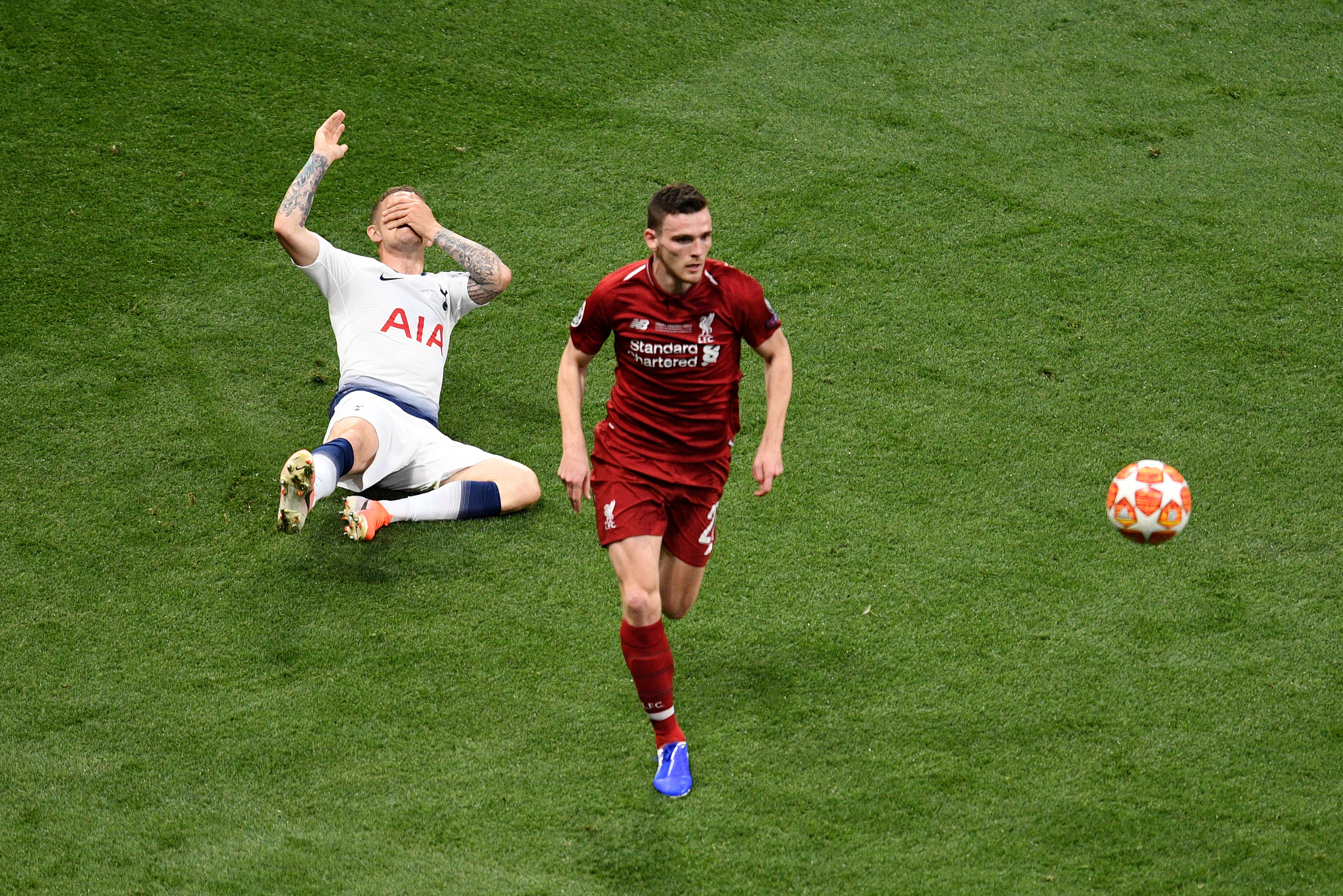 Andrew Robertson Trippier Tottenham Liverpool Champions League