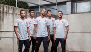 Segunda equipación selección española
