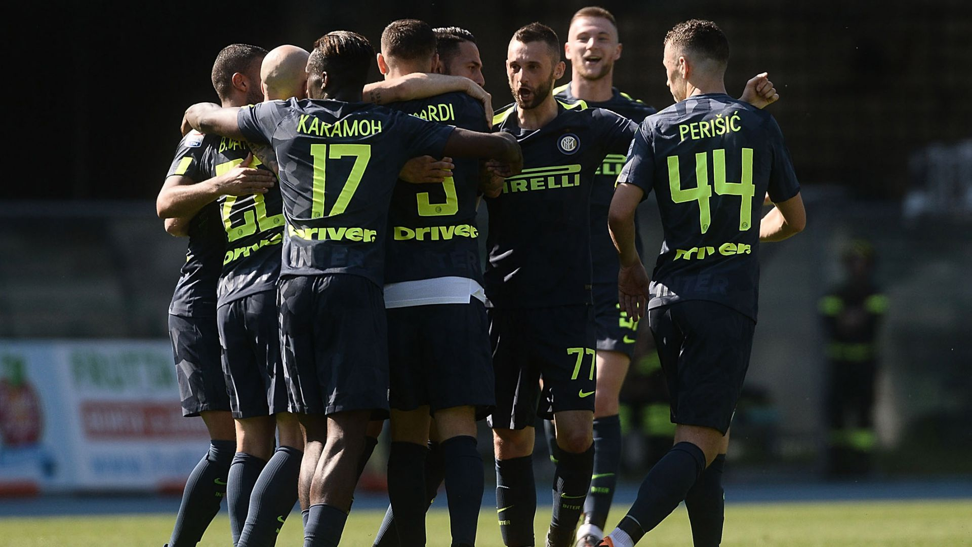 Inter celebrates vs. Chievo