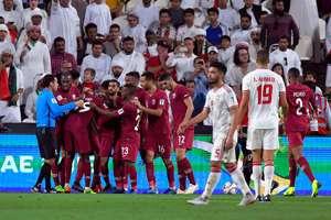 الإمارات - قطر