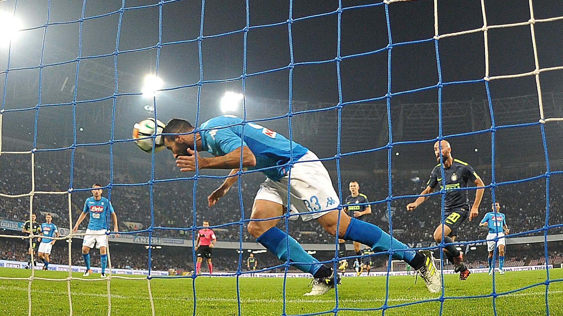 Il Napoli senza Albiol perde il primato di miglior difesa: i numeri