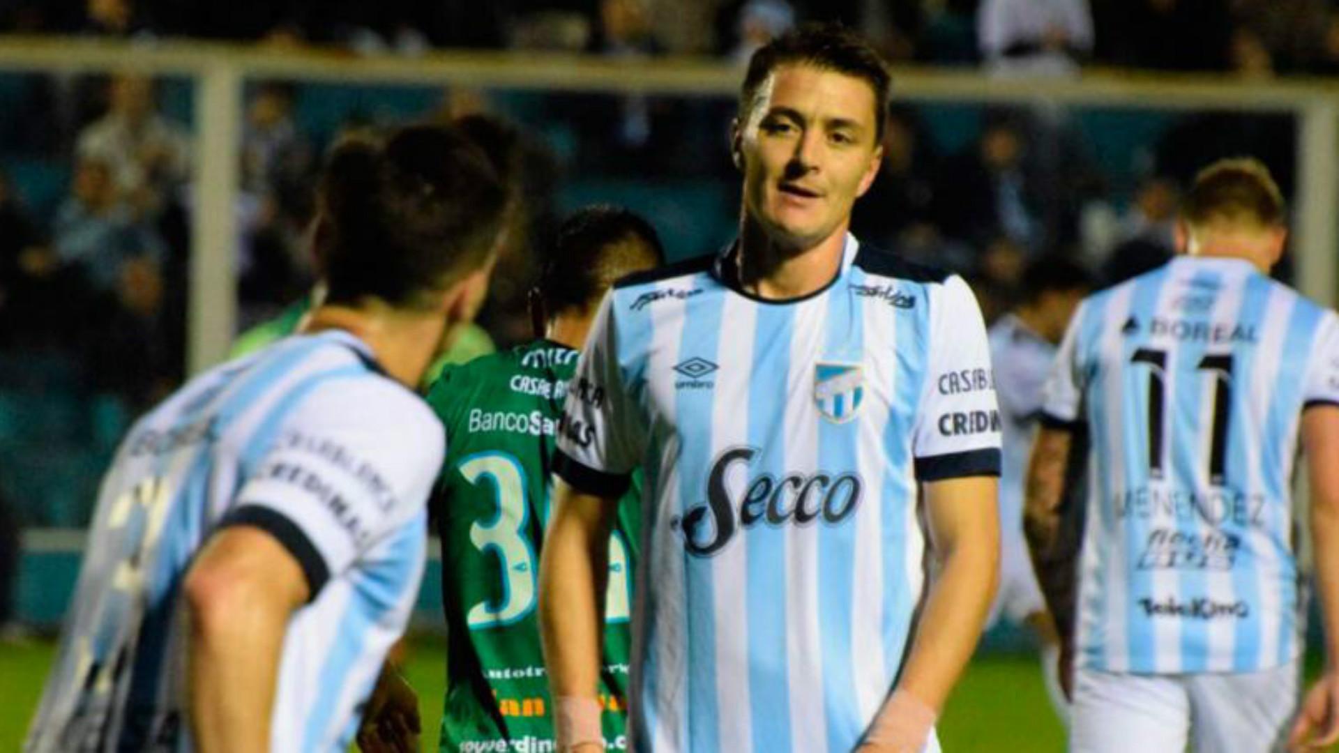 Leandro Gonzalez Atletico Tucuman San Martin San Juan Primera Division Argentina 04062017