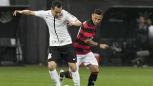 Rodriguinho e Neílton - Corinthians x Vitória - 19/08/2017