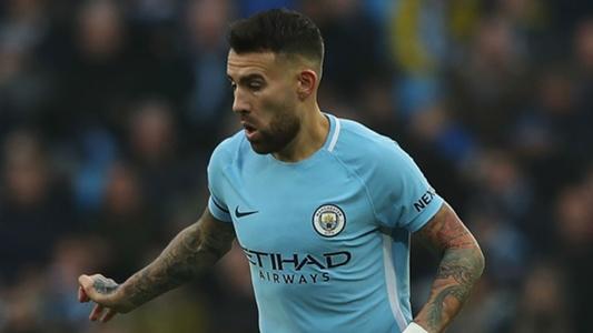 Otamendi signs new Man City deal to 2022