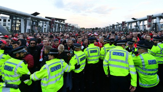 Arsenal Koln Supporters Europa League