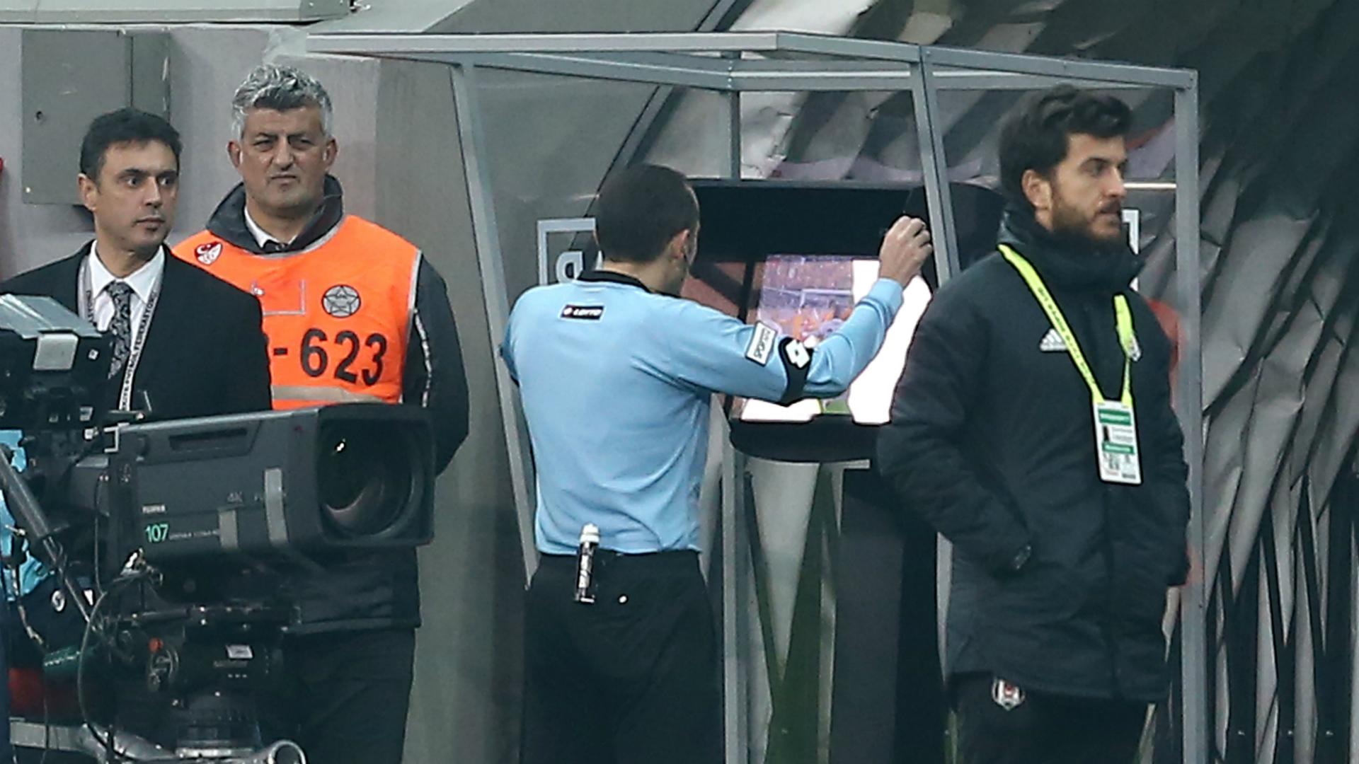UEFA relanza una tercera competición europea a partir de 2021