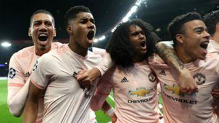 Manchester United celebrate 2018-19