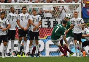 Die deutsche Defensive wackelte gegen Mexiko gehörig, gleichzeitig fehlte es den deutschen Offensivspielern um Mesut Özil an Durchschlagskraft. Die Einzelkritik. (Quelle: SID)