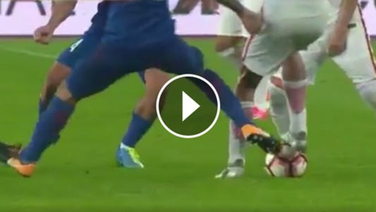 Video Patada Tevez