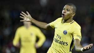 Mbappé toma um grande susto - Ligue 1 nas redes sociais  060304c514239
