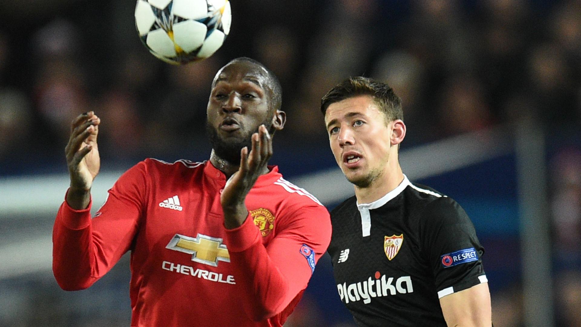 Romelu Lukaku Clement Lenglet Manchester United Sevilla