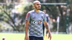 Fábio Santos Atlético-MG