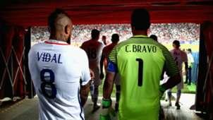 Arturo Vidal - Claudio Bravo