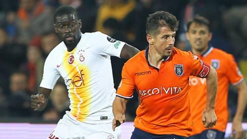 Badou Ndiaye Emre Belozoglu Basaksehir Galatasaray STSL
