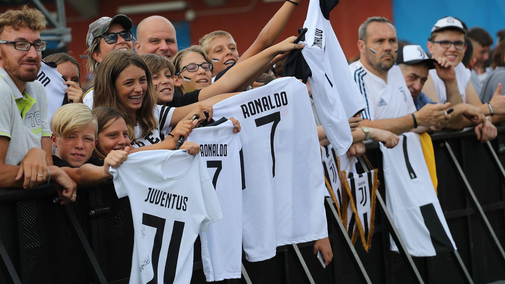 Villar Perosa fans Juventus