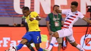 Douglas Costa Antonee Robinson USA Brazil Friendly 07092018