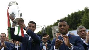 Cristiano Ronaldo Nani Portugal Euro 2016 11072016