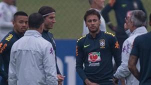 Neymar Filipe Luis Jesus Granja Comary 23 05 2018