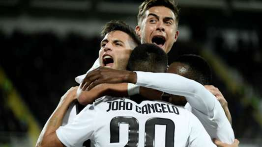 Fiorentina Juventus celebrating Serie A