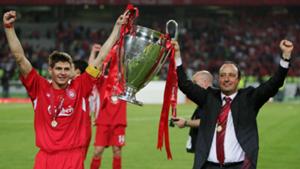 Rafa Benitez wins the Champions League with Liverpool