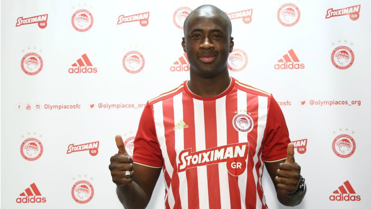 Yaya Toure gets heroic reception on Olympiacos return