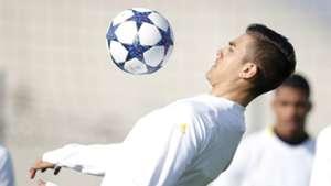 Paulo Dybala Juventus training