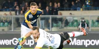 Mattia Valoti Alberto Brignoli Verona Benevento Serie A