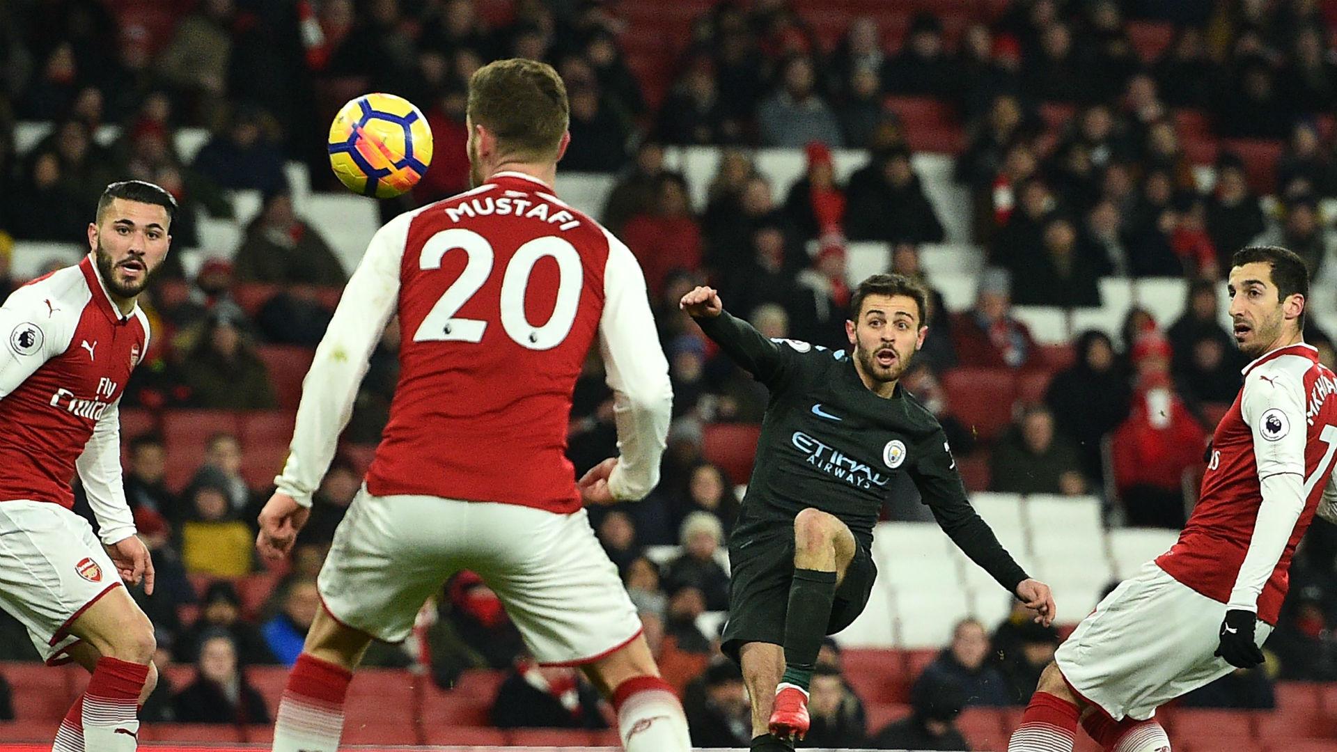 Bernardo Silva shoots against Arsenal