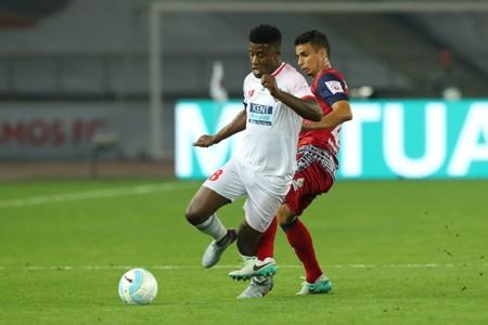 Guyon Fernandez; Delhi Dynamos