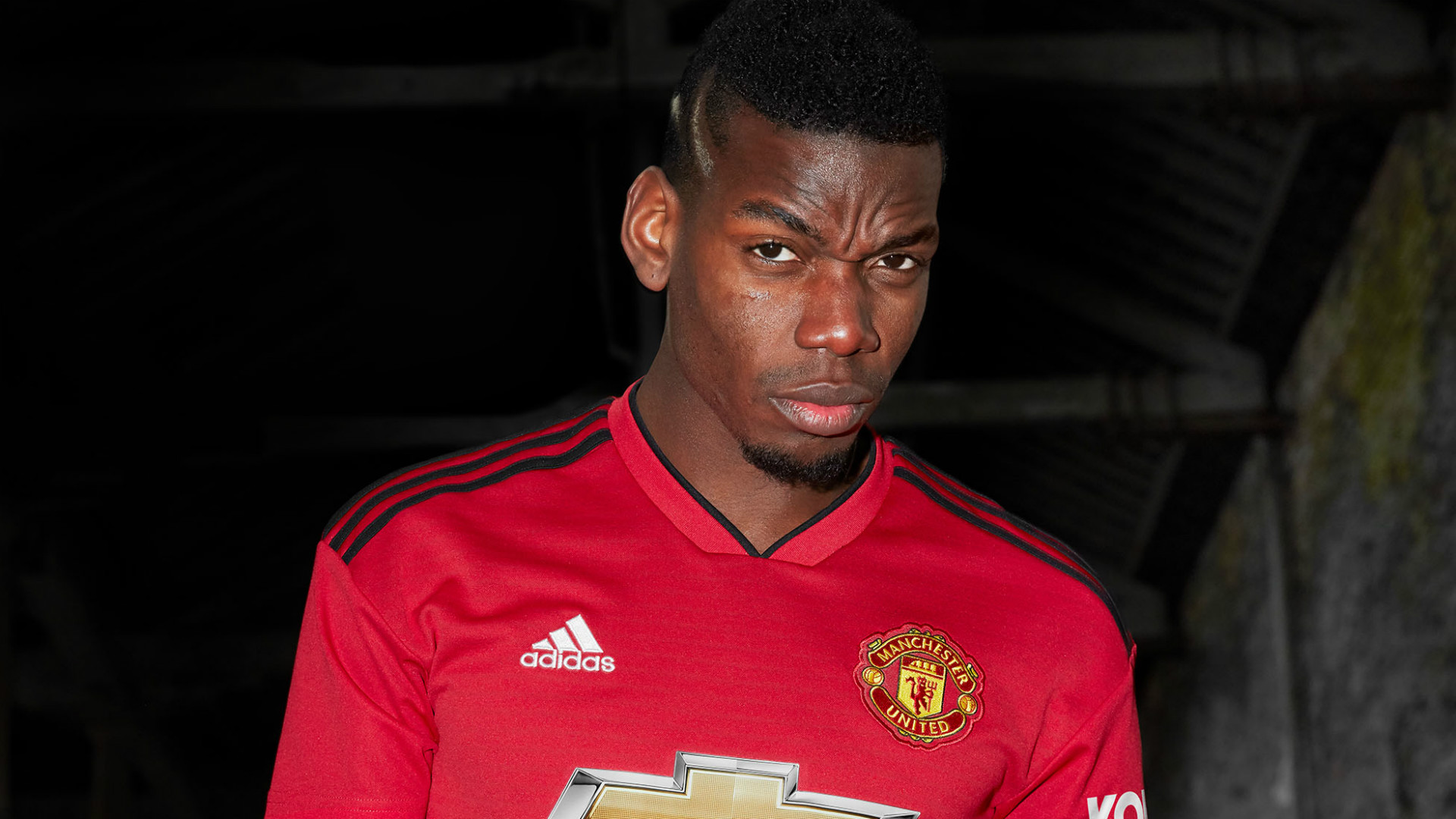 Paul Pogba New Man Utd Shirt