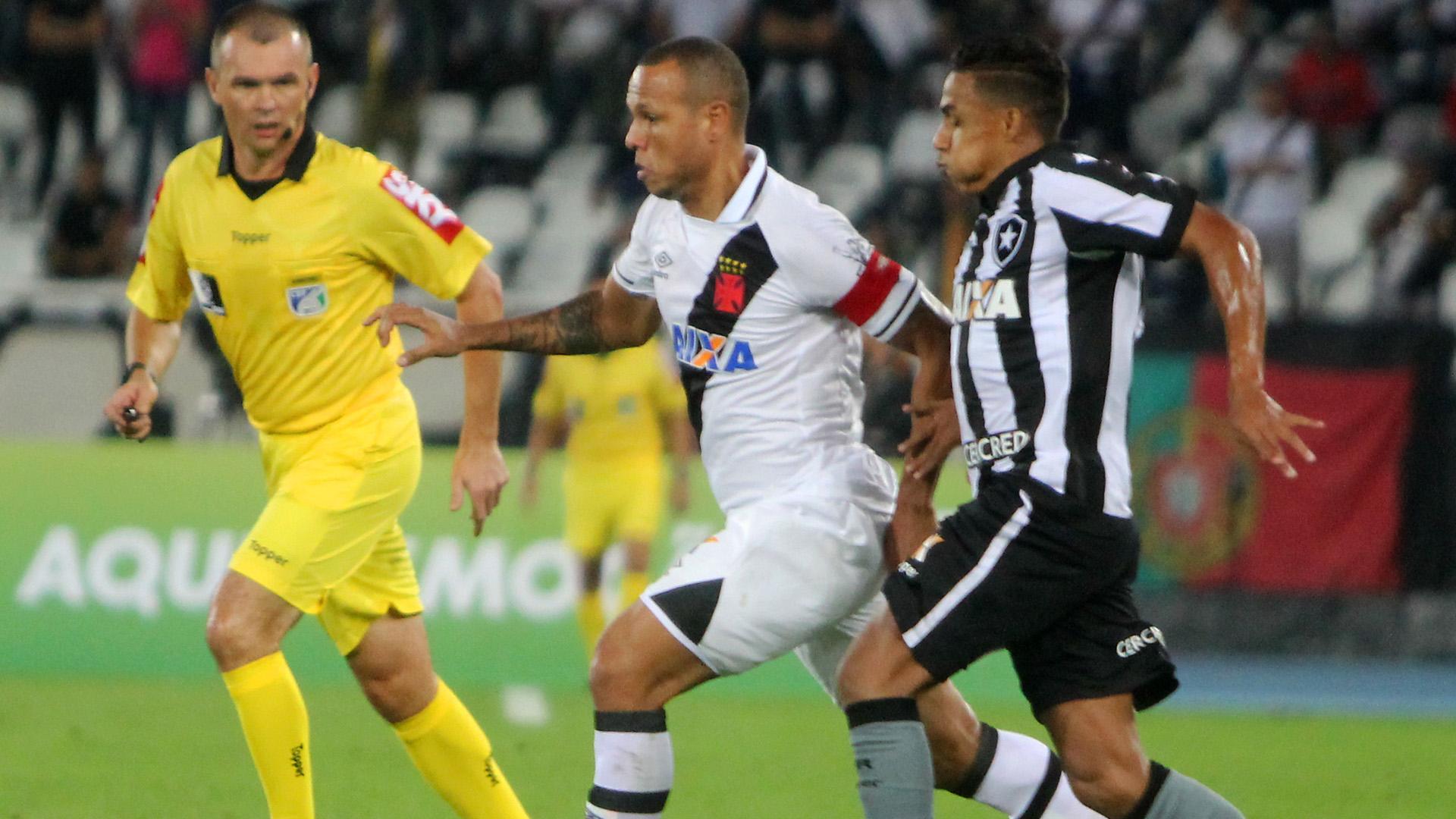 Arnaldo Luis Fabiano Botafogo Vasco Brasileirao Serie A 21062017