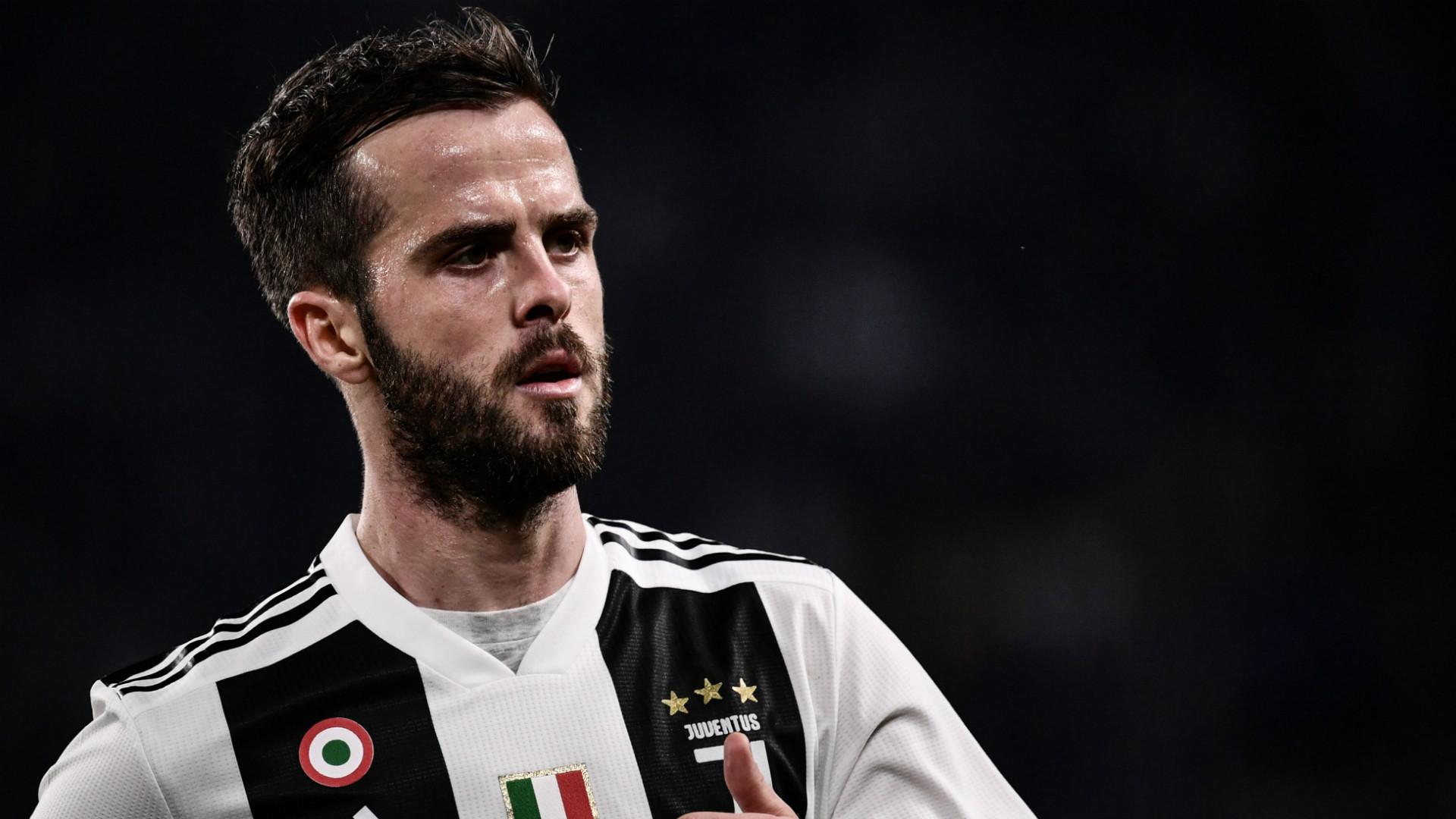 Miralem Pjanic Juventus 2018-19