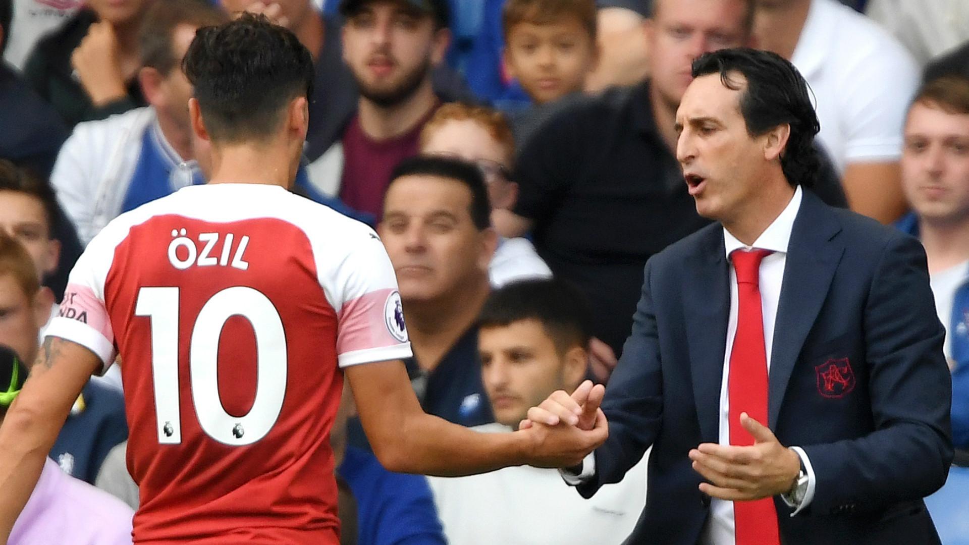 Mesut Ozil Unai Emery Arsenal 2018-19