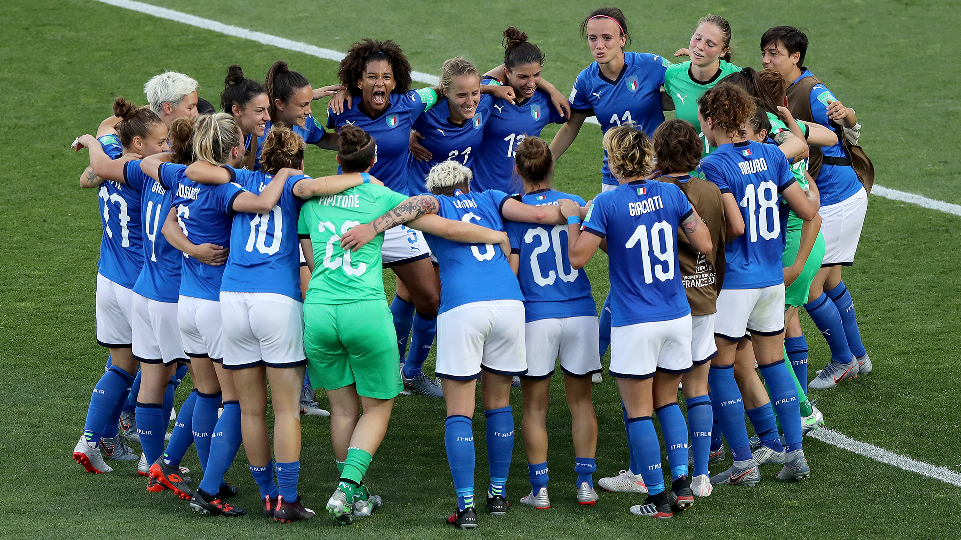 Calcio discovers women! Success of Azzurre gives Italy a feel-good story as new season begins