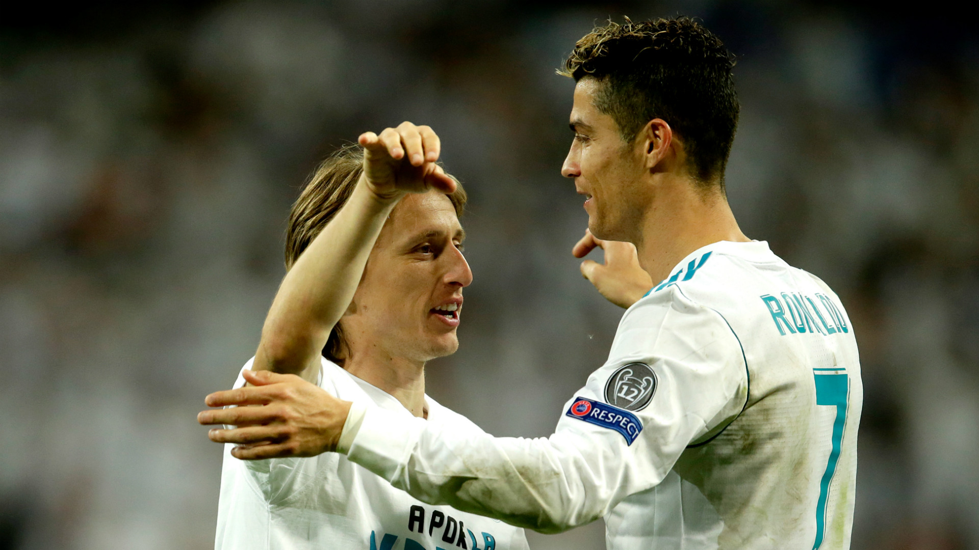 Luka Modric Cristiano Ronaldo Real Madrid 2017-18