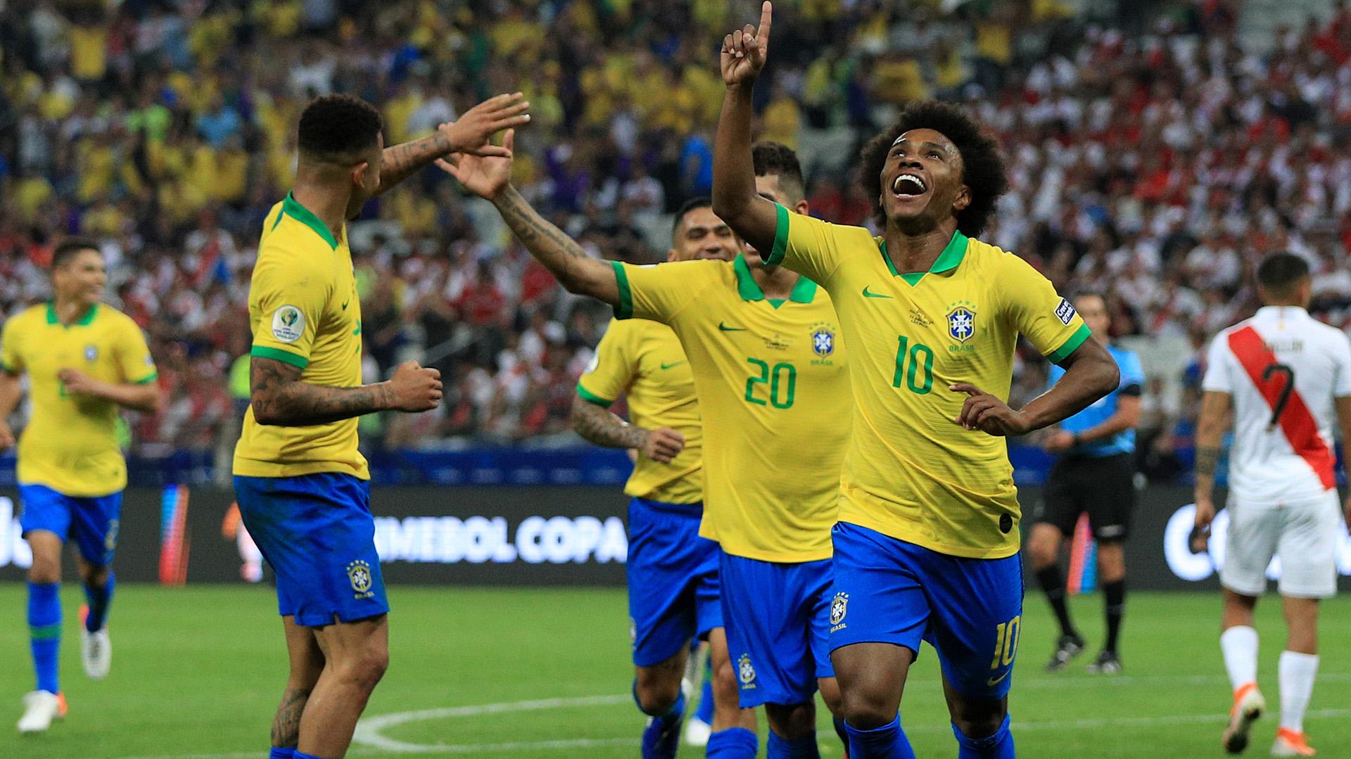 Willian Brasil Peru Copa América 22062019