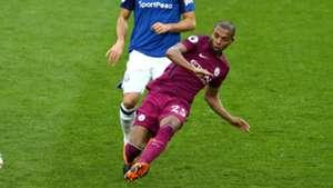 Fernandinho Everton Manchester City 31032018 Premier League