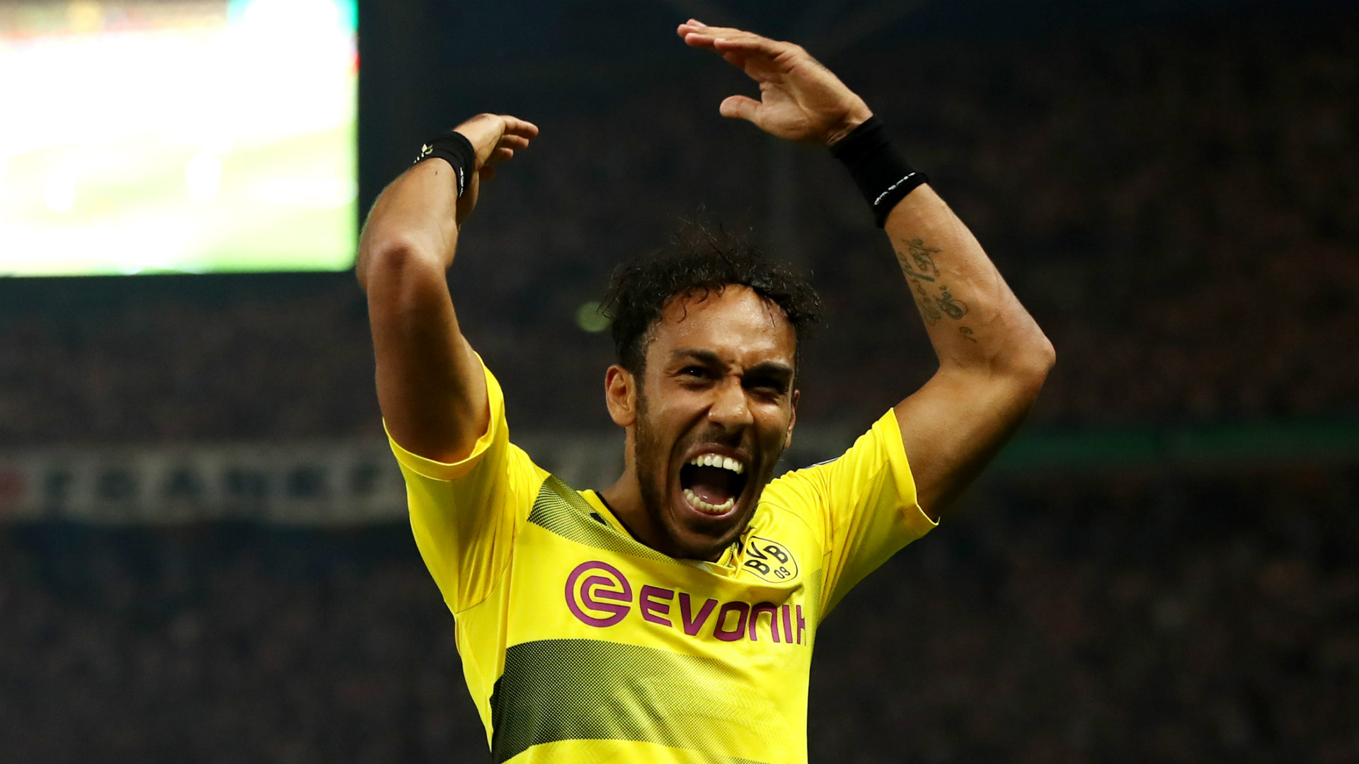 Aubameyang hits, Dortmund crush Cologne