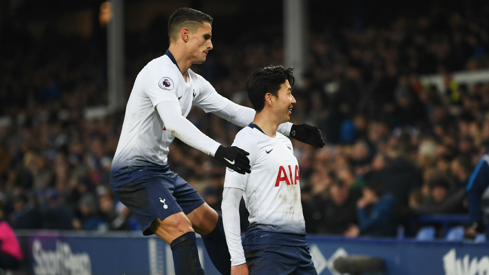 Pochettino rejects Manchester United link to focus on Spurs title challenge