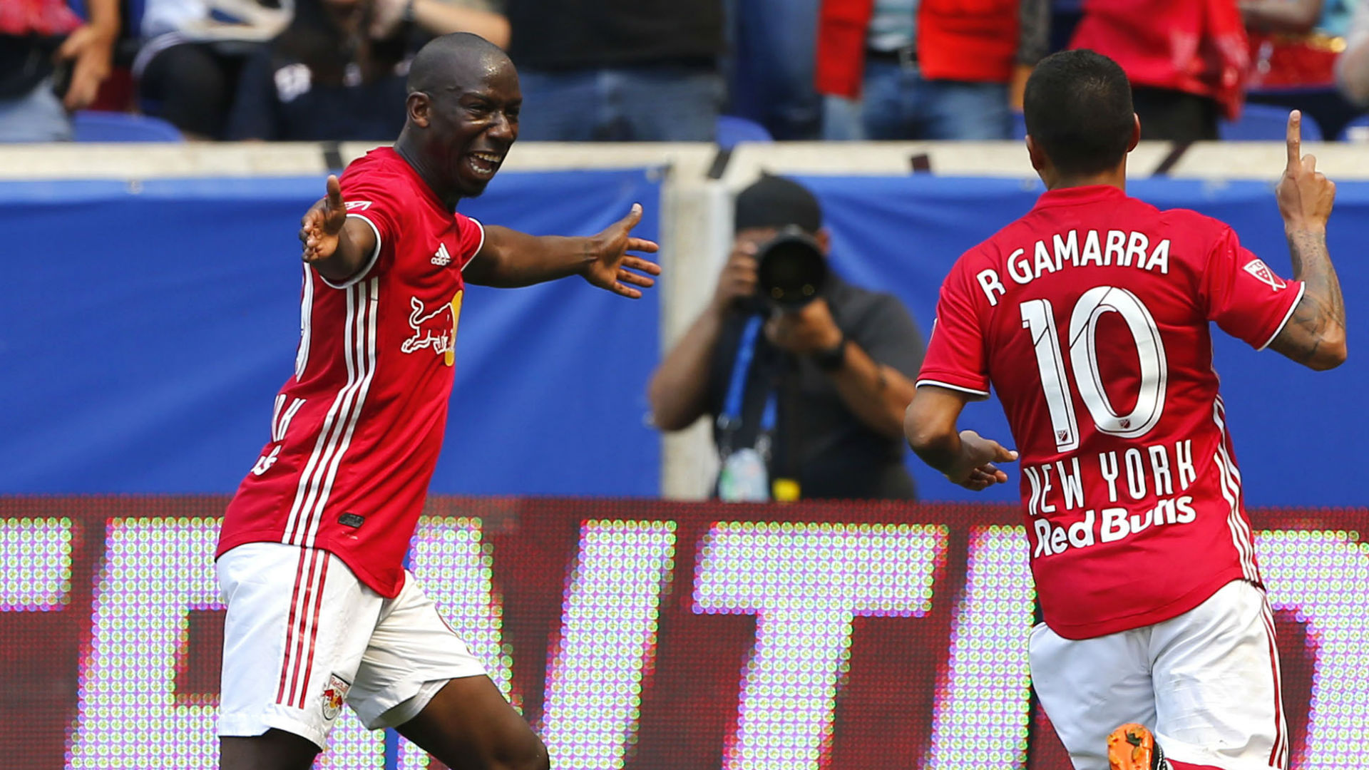 Alejandro Romero Gamarra Wright-Phillips New York Red Bulls MLS