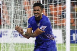 Rafael Bastos Mumbai City Pune City ISL 2018-19